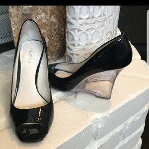 CHIQUE ALDO black patten leather with clear heel